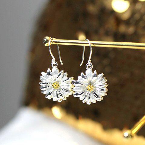 Daisy earrings ❤️silver & gold www.stopandwearjewelry.com