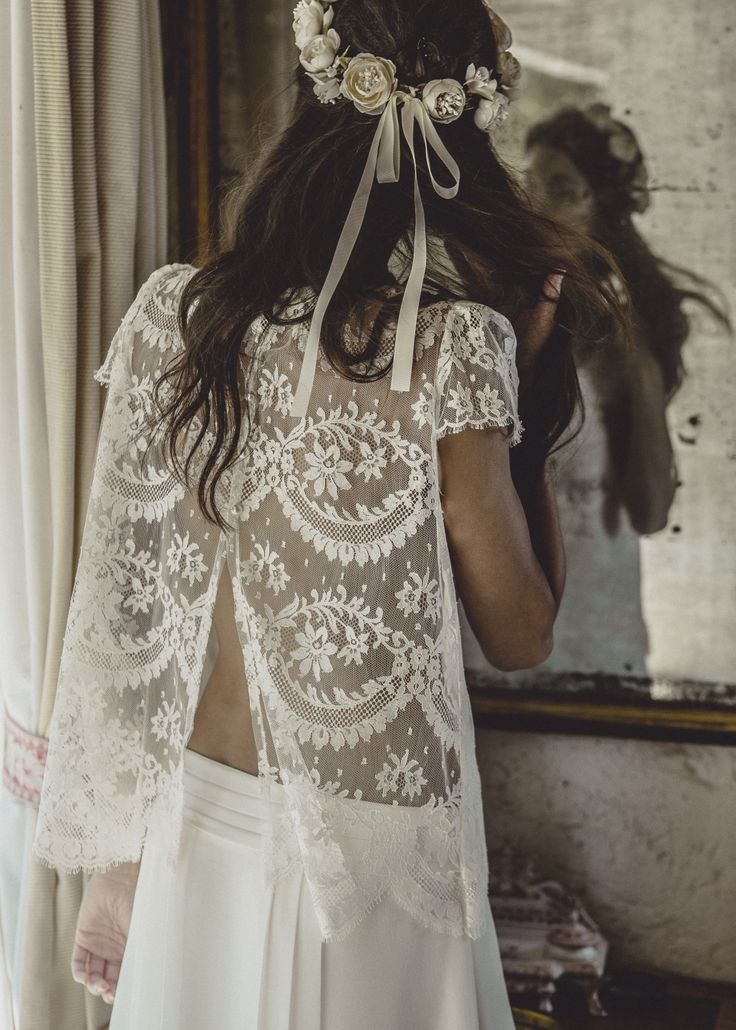 Bohemian Lace / The Mews Bridal Boutique UK / http://thelane.com/brands-we-love/the-mews-bridal