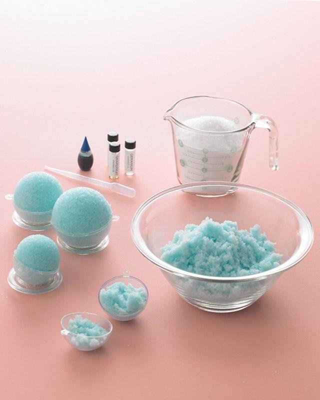 Bath Snowballs How-To