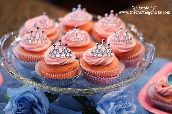 A Party Fit for a PrincessPrincess Cupcakes, Princesses Cupcakes, Birthday Parties, Parties Ideas, Princesses Parties, Parties Cupcakes, Cinderella Party, Cinderella Parties, Birthday Ideas