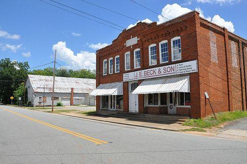 Shannon Building, 1920, & WPA Gymnasium, 1935,Jeffersonville, Ga. Photo: Brian Brown.