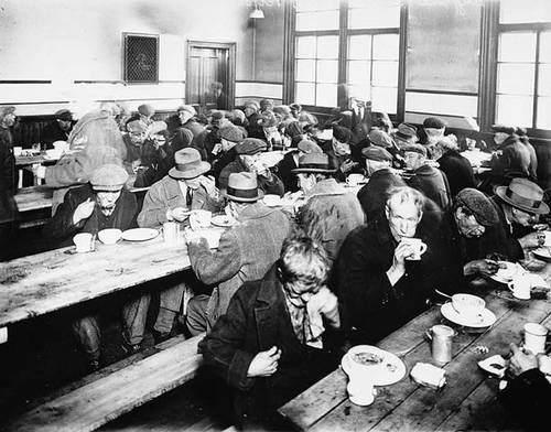 This is a primary source picture showing how there were soup kitchens during the Great Depression in the 1930s. Soup Kitchens were places where meals were given out to the poor for free because people could not afford to pay for food due to the stock market crash, homelessness, and unemployment. Soup Kitchens helped feed people through the Great Depression and helped them to survive. This is credible because it was known to be a common thing to go to the Soup Kitchen for a meal in the 1930s.
