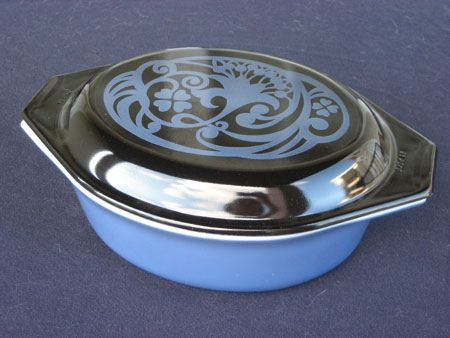 Pyrex Midnight Bloom rare. Would love this!