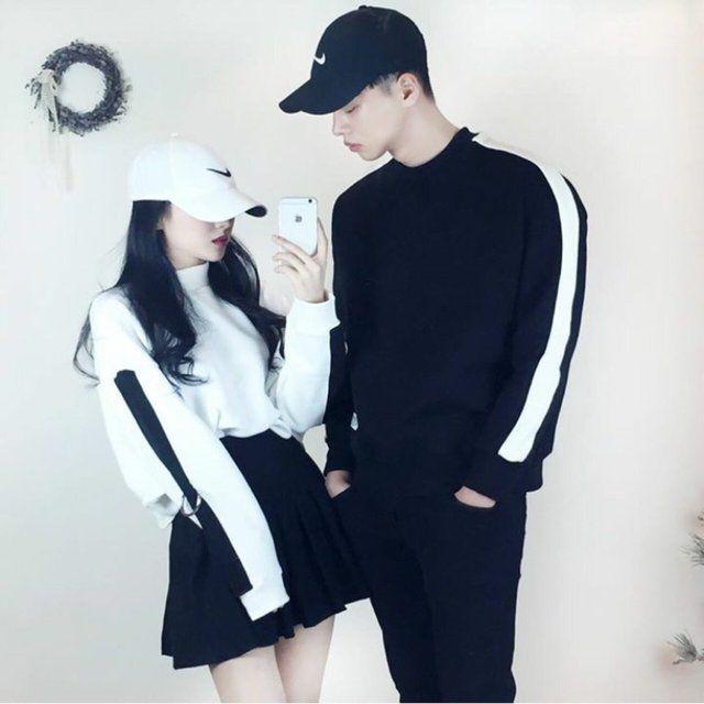 20 ไอเดียแฟชั่นคู่รัก Couple Outfit โชว์หวานสไตล์คู่รักเกาหลี แบรนด์ thexxxy รูปที่ 1