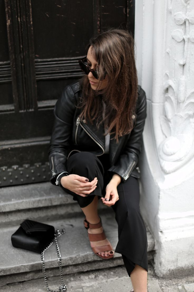 BLACKEST | Fiona from thedashingrider.com wears a Topshop Biker Jacket, black Culottes and a bag from Iris And Ink #ootd #whatiwore #petite