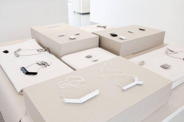 """výstavy * exhibitions - andreadurianova.sk - - délimiter """"espaces"""" .... et différents niveaux"""