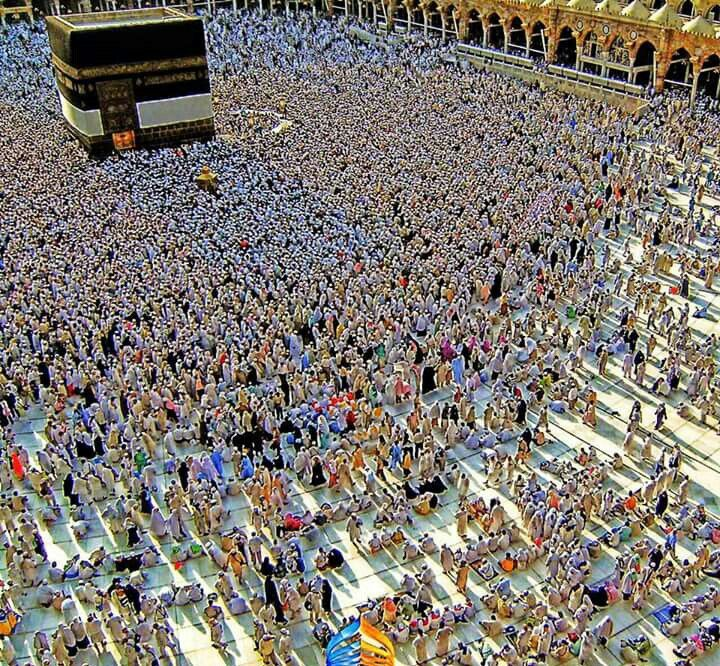 Ya Allah...Ya Rabb...give me and my family a chance to visit Baitullah ...