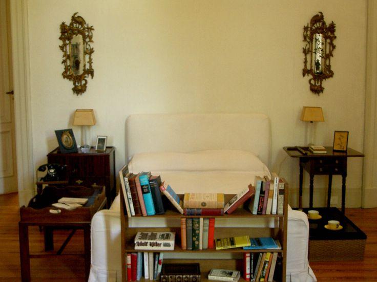 Dormitorio de Victoria Ocampo  http://www.villaocampo.org/web/content/la-casa