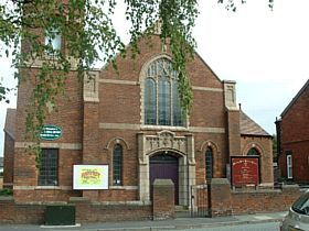 Bredbury - Woodley United Reformed Church, George Lane, Bredbury, Stockport © Mike Berrell