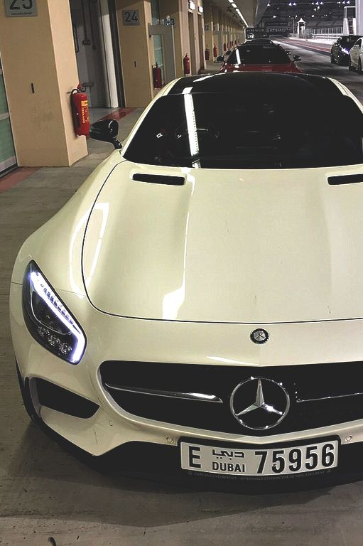 atlasofvanity:  Mercedes AMG GT || Atlas || Photgrapher