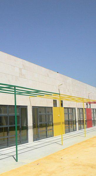 @diazcuberoSA  Proyecto de obra nueva de Díaz Cubero en el CEI Militar Grumete de San Fernando, #cadiz.  #building #structure #arquitectura #estructuras