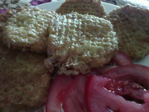 (46) Сытная мясная закуска из вафельных коржей.Котлеты из вафельных коржей - YouTube