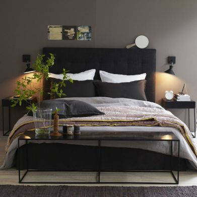t te de lit anthracite et mur gris kaki d coration int rieur in 2019 deco chambre chambre. Black Bedroom Furniture Sets. Home Design Ideas