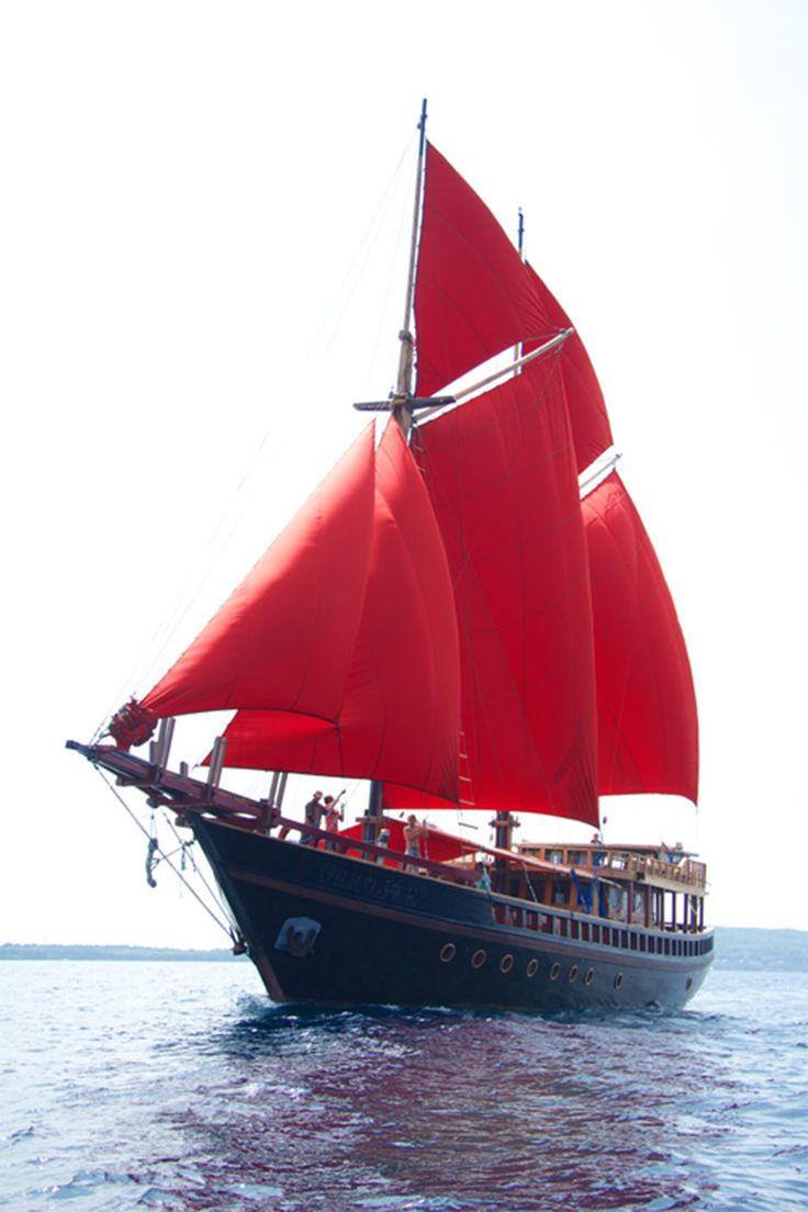 This 30m Phinisi schooner is just over a year old – launched in March 2014. Taking up to 10 guests in its air-conditioned en suite cabins on the best diving trips in Indonesia, Calico Jack hits just the right balance of luxury and price. There are plenty of spaces both inside and out to relax or socialise on board, as well as kayaks and SUPs for fun when not diving. The boat is crafted from locally-sourced Ulin Ironwood, with a beautifully-decorated interior which uses teak and tasteful…