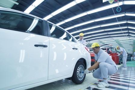 Pertumbuhan ekspor sedan kompak dalam bentuk utuh (CBU) terus mengalami peningkatan sejak Indonesia diputuskan menjadi basis produksi All-New Vios. Vios mewakili 25,4 persen dari total ekspor kendaraan Toyota, mendekati model ekspor yang selamai ini menjadi kontributor terbesar, yaitu SUV Fortuner #InfoTMMIN #TMMIN #ToyotaIndonesia