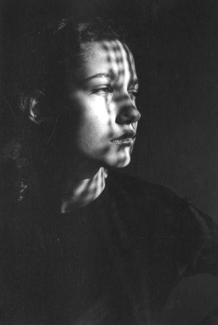 Ferdinando Scianna | model | shadow | black & white photography | deep in thought | daydreaming | www.republicofyou.com.au