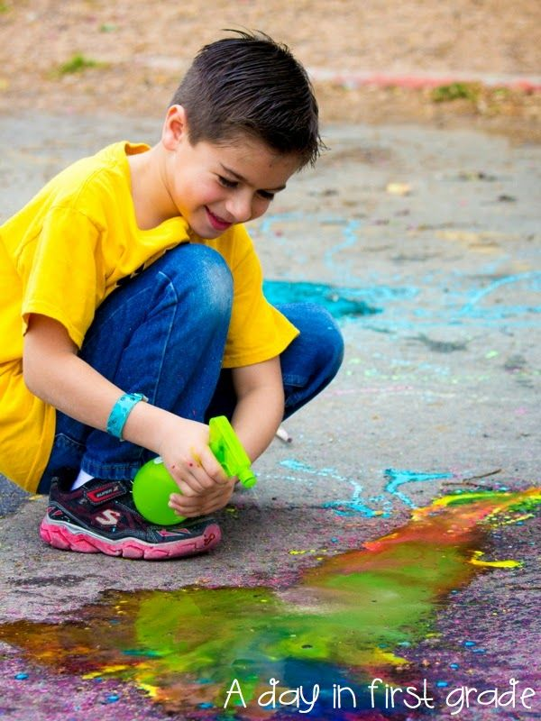 "liquid ""exploding"" chalk art activity-- great for letting kids explore and create"