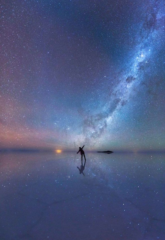 Amazing image of our universe across the world's largest salt flat, Salar de Uyuni in Bolivia.