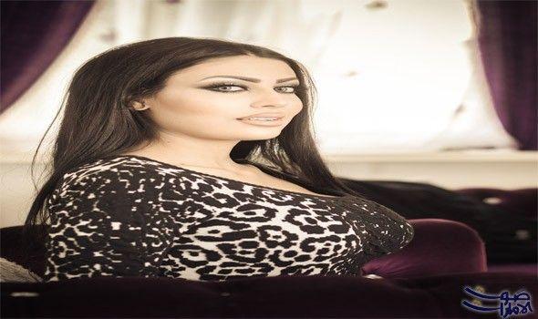 غدير عمر تجري زيارة إلى السفارة الفلسطينية في برلين زارت ملكة جمال العرب للسلام في أوروبا وسفيرة النوايا الحسنة غدير عمر مقر السفارة Lace Top Women Fashion