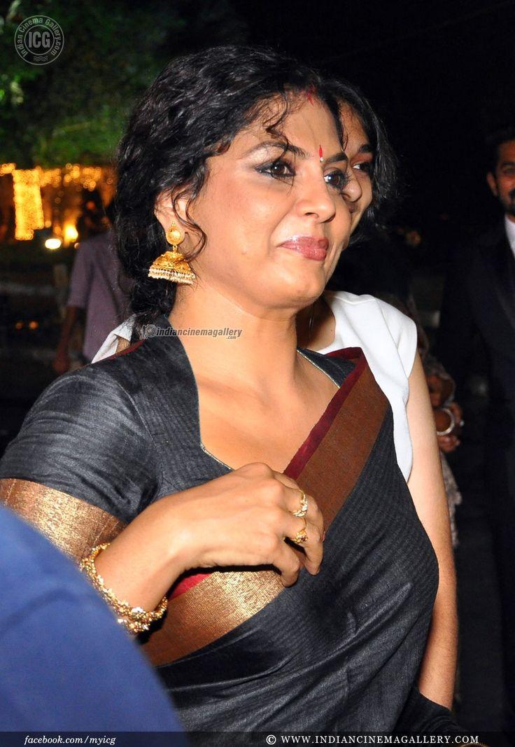 Malyalam actress Asha Sarath attending a wedding