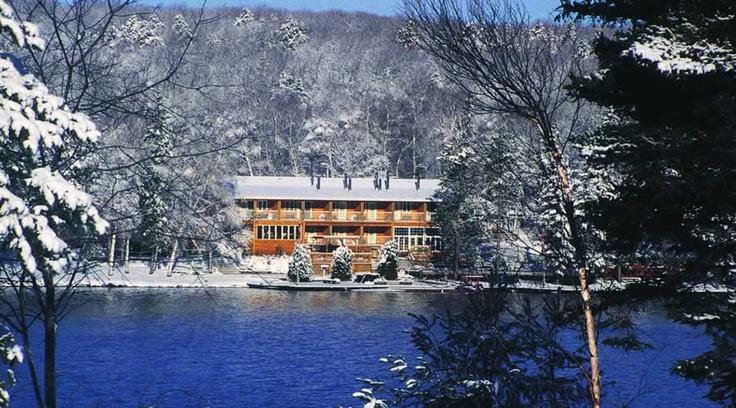 Couples resort muskoka ontario romantic getaway spa for Spa vacations for couples