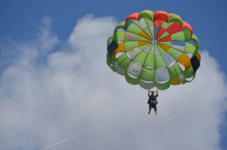 Paraseiling in Mauritius