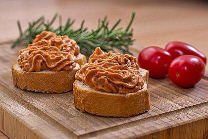 Brotaufstrich mediterraner Art, ein raffiniertes Rezept aus der Kategorie Käse. Bewertungen: 144. Durchschnitt: Ø 4,5.