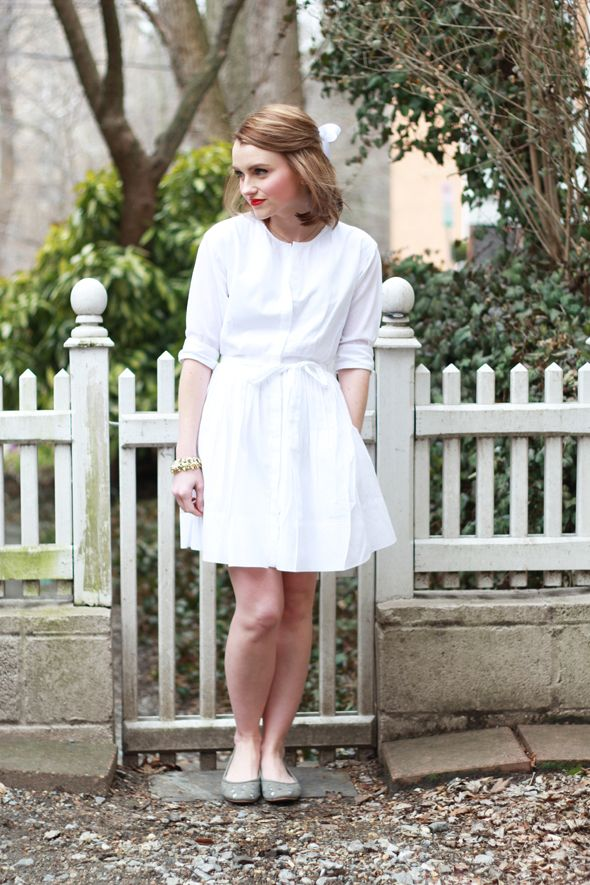 Blogger Poor Little It Girl is waiting for spring in a Gap shirtdress.
