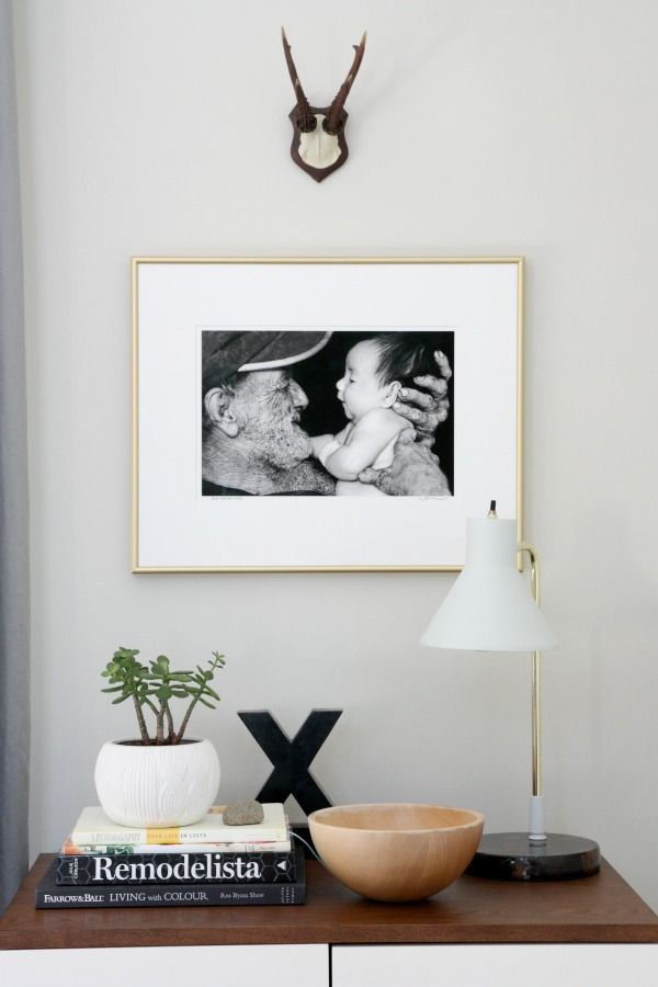 Love the thin gold frame and big white mat | Type, Photos, & Art ...