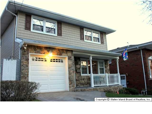 Staten Island Real Estate Dongan Hills Colony