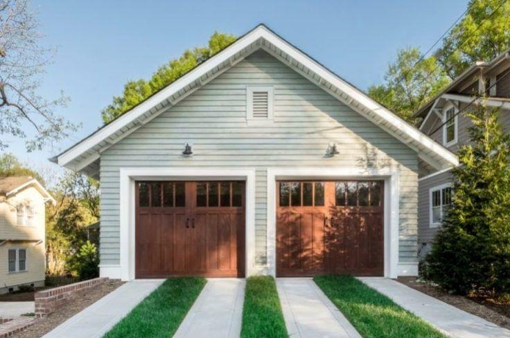 25 Awesome Detached Garage Inspirations For Your House Garage Door Colors Garage Doors Craftsman Garage Door
