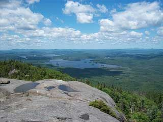 The Challenge of the Saranac Lake 6er Hikes. A guide.