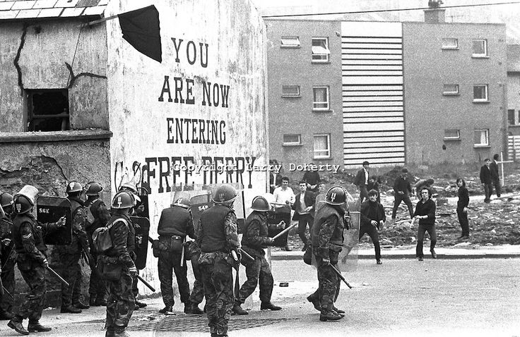 British soldiers on duty in Londonderry, N Ireland, UK, clash with stone-throwing youths at Free Derry Corner in the Bogside district of the...