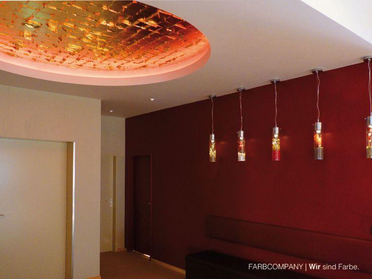 Deckengestaltung, Vergoldung Mit Blattgold An Der Decke. Schlagmetall  Deckengestaltung