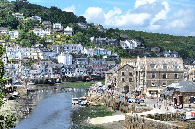 Looe at low tide