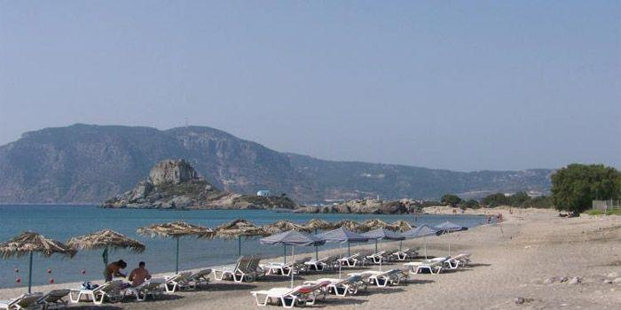 Пляж Агиос Стефанос
