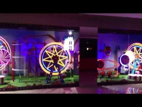 Window Display Themepark Miniature SOGO Dept Store Tangerang, Indonesia (HD)