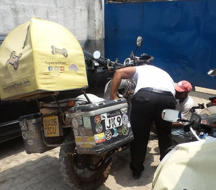 We've left Janells motorcycle in the capable hands of local mechanic Paul Lawson and his team. The problems with her bike are beyond us and we need it 100% heading in to Central Africa in the wet season.    #PillionPooch #MadeToTravel #Cute #Dog #AdventureRider #DogsOnAdventures #AdventureDog #MotorcycleAdventure #PetTravel #BikerDog #PuppyLove #DogsOnBikes #BMW #DogAdoption #AdoptDontShop #MotoDog #Africa
