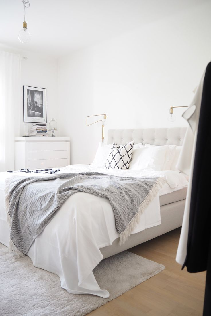 Char And The City White Classic And Scandinavian Bedroom Read More On The Design Bedroombedroom Interiorsbedroom