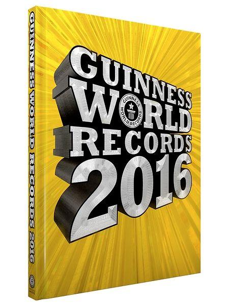 Guinness World Records  on hengästyttävä paketti toinen toistaan ihmeellisempiä ennätyksiä. Vuoden 2016 uusia teemoja ovat esimerkiksi Minecraft-peli, Netflix, salamat, kuumailmapallot ja kaksoset. Myös suositut eläinlajit, kuten lepakot, karhut ja norsut, ovat saaneet omat ennätysaukeamansa. Lisäksi mukana on runsaasti klassikkoennätyksiä huikeista urheilusuorituksista ihmis- ja kasvikunnan kummajaisiin.