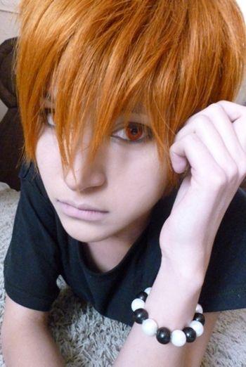 Kyo Sohma. (Fruits Basket). I really really really really like this cosplay.