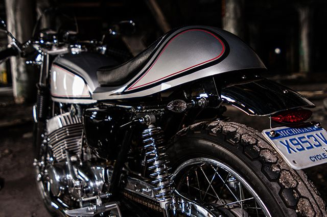 1000 images about suzuki motorcycles on pinterest nantes dual sport and factories. Black Bedroom Furniture Sets. Home Design Ideas