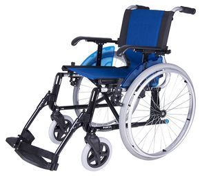 FORTA LINE , una silla de ruedas ligera y resistente hasta 140kg  La silla de ruedas Line está fabricada en aluminio y no cuenta con ninguna soldadura. Cuentacon reposabrazos extraíb...