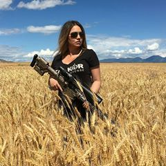#usa#americana#allamerican #merica#merica #usarmy #usmc#usmcwife #recon#girlswithmuscle #girlsandguns #girlswithguns #gun#barrett #m82 #50bmg #50cal #2a#militarywomen #militarylife #elite#specialforces #komando#defense #weapons #military#fashion#repost