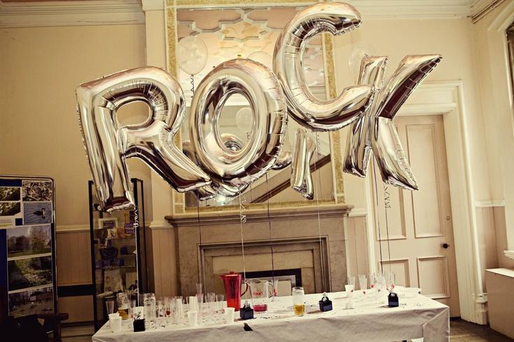 Quero um painel com esses balões de letras
