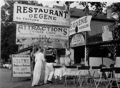 Blog de angor :Phot-image, DOISNEAU - 1336 - Chez  Gegene a Joinville -le Pont - 1946