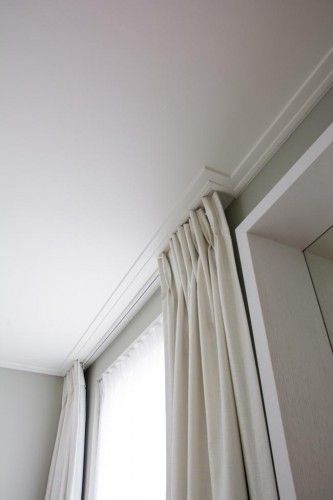 The Orac Decor profiles were used as skirting board, panel moulding and cornice moulding to give the rooms a unique finishing touch.