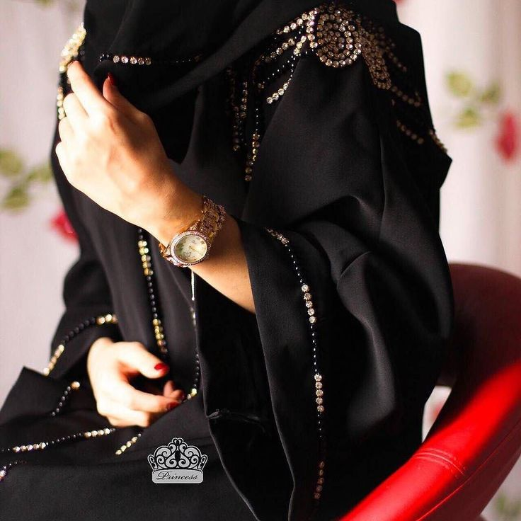 Repost @princess_om_90 with @instatoolsapp متوفرة لتسليم الفوري السعر: ريال استقبل عليها طلبات للعيد من الكوليكشن الجديد. . #subhanabayas #fashionblog #lifestyleblog #beautyblog #dubaiblogger #blogger #fashion #shoot #fashiondesigner #mydubai #dubaifashion #dubaidesigner #dresses #capes #uae #dubai #abudhabi #sharjah #ksa #kuwait #bahrain #oman #instafashion #dxb #abaya #abayas #abayablogger #абая