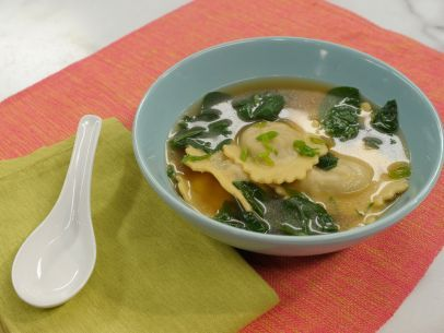 Frozen Ravioli Wonton Soup - substitute meat ravioli with a vegetarian option and vegetable broth.