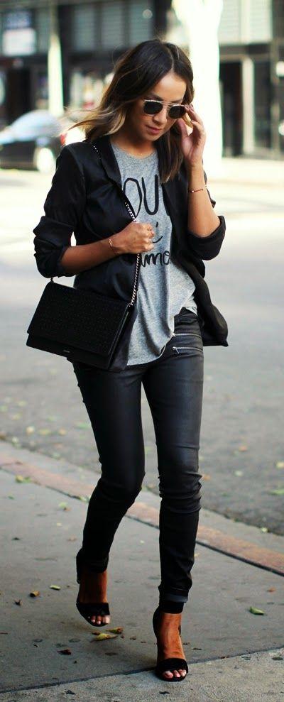 Oui Oui Print Tee +  Lace & Leather High Heels